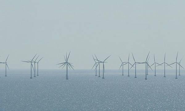 科學家:在北大西洋建巨大風電場,理論上可為全球提供充足電力.jpg