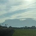 大武山方向拍到酷似UFO的雲彩2.jpg