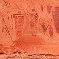美國猶他州的岩畫生物畫的是天空人2.jpg