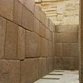 埃及卡夫拉山谷寺廟雕像座.jpg