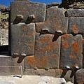 一些石頭具有神秘的「疙瘩」.jpg