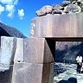 奧揚泰坦博的石塊密合無懈可擊.jpg
