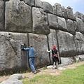 薩克塞瓦曼石牆構築中的採石、運輸和安置對研究人員來說仍然是一個深奧的謎團.jpg