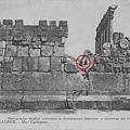 貝魯特巴勒貝克1200噸石塊的圖像之一(紅圈顯示人的比例).jpg