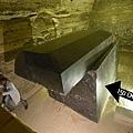 埃及薩卡拉塞拉比尤姆的石棺.jpg
