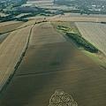 2018-8-10 英國威爾特郡酷似行星齒輪裝置的麥田圈6.jpg