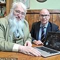 莫林‧巴羅斯公司的研究負責人蒂姆‧阿克斯(Tim Akers,左)和執行長布魯斯‧布萊克本(Bruce Blackburn,右).jpg