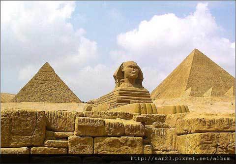 金字塔2.jpg