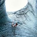 冰島陷坑.jpg