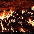 烏茲別克斯坦的地獄之門2.jpg
