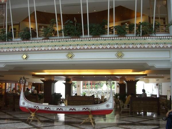 知本老爺飯店大廳全景