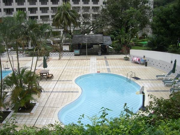 知本老爺飯店泳池