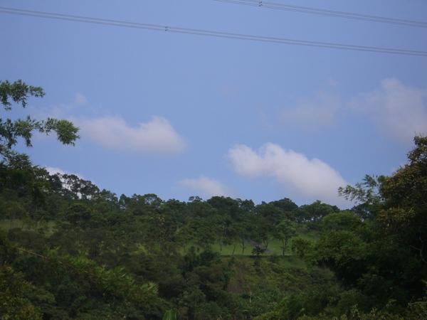 宜蘭的天空,今天天氣很好,藍天白雲。
