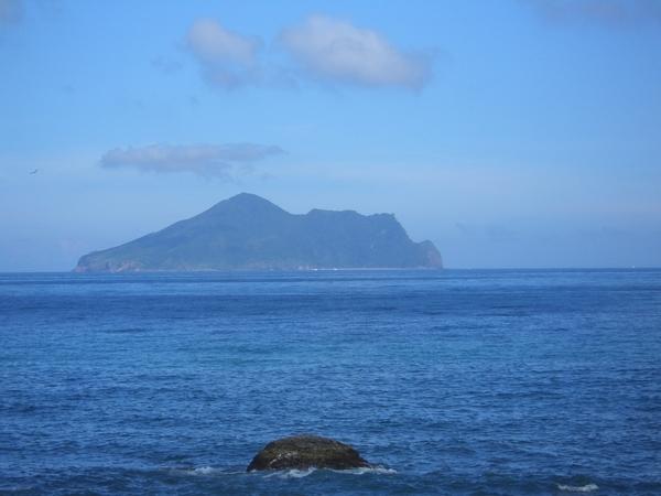 看到了嗎?遠方的龜山島