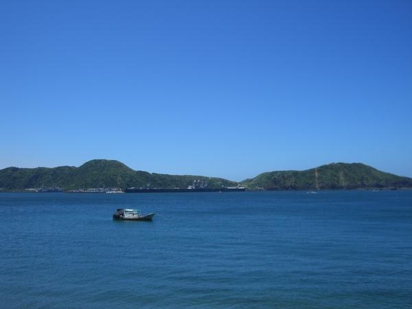 湛藍的天空,寧靜的海水