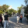 從akropoli捷運站出來後走特蘭西羅街