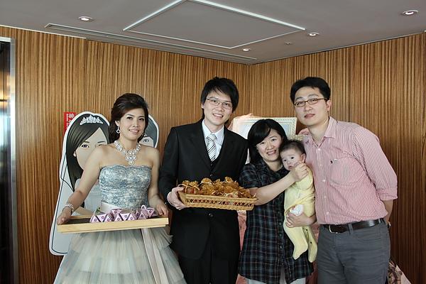 明儒叔叔跟容容阿姨的婚禮
