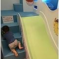 溜滑梯1.jpg