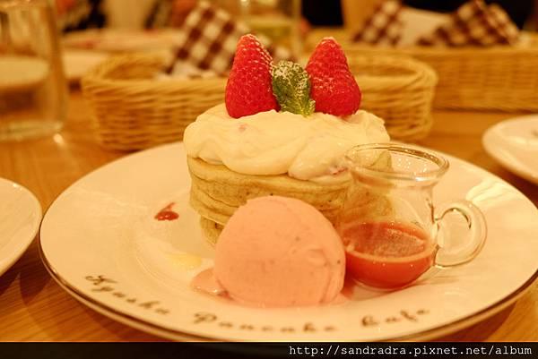 長崎草莓提拉米蘇鬆餅