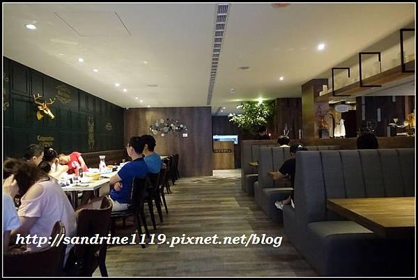 nEO_IMG_DSC01143