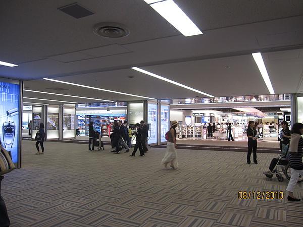 990812-4成田機場 (1).JPG