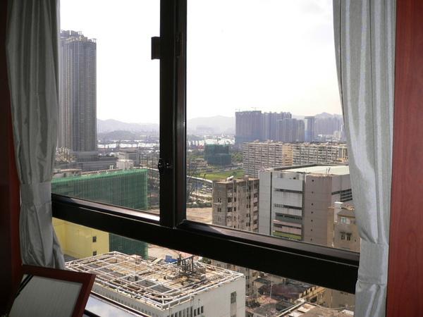 16樓的view,nice 唷 ~