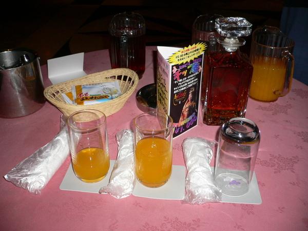 一房一桌飲料喝到飽