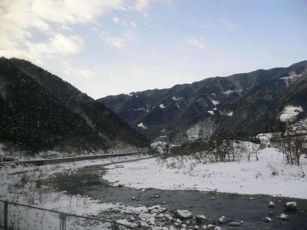 這樣的雪景..比較剛好