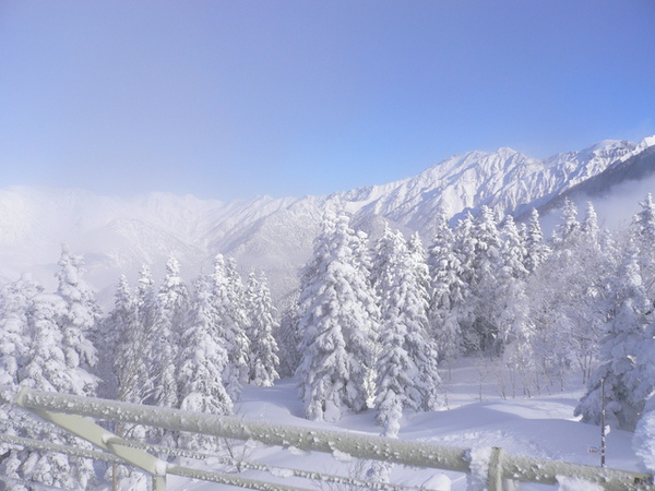 千石展望台看去的北阿爾卑斯山..日本的啦..