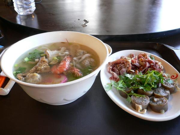 米苔目+小菜