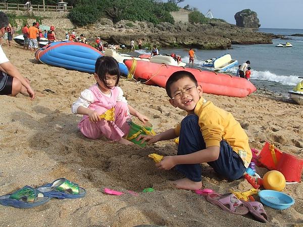 990501_132_帆船石沙灘.jpg