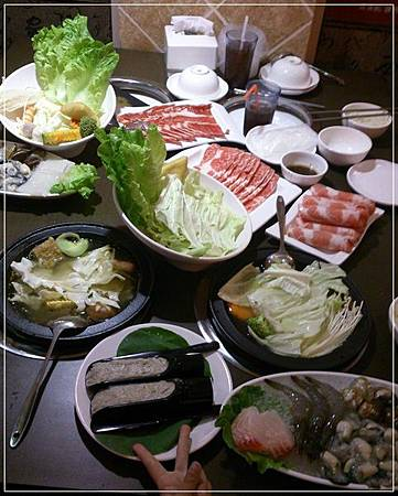 口碑券:取暖美食:涮涮鍋精饌鍋物【發現石頭火鍋】-澎湃好味道