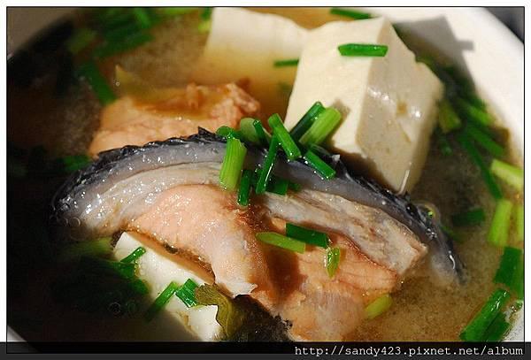 00鮭魚味噌湯.jpg