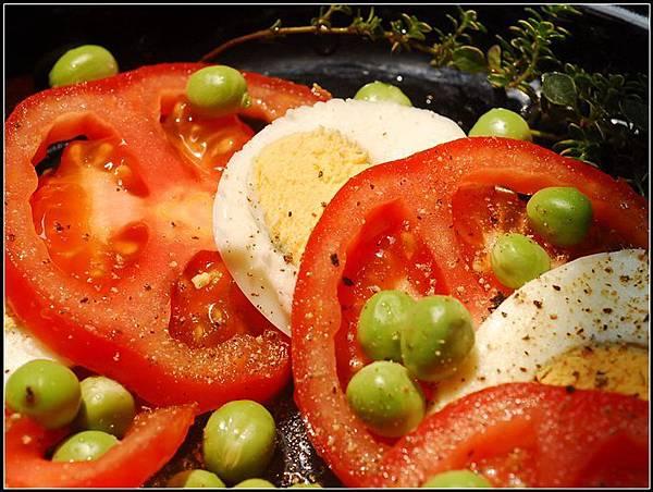 06義式番茄蛋沙拉.jpg