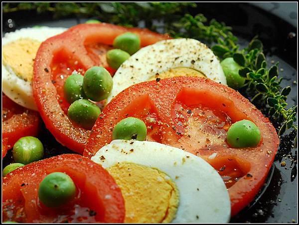00義式番茄蛋沙拉.jpg