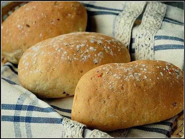05法國橄欖麵包.jpg