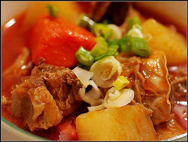 03紅燒牛肉湯.jpg