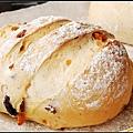 04芒果柿餅麵包.jpg