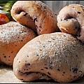 00紫胡蘿蔔麵包.jpg