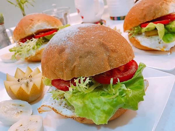 20161016漢堡早餐.jpg