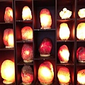 象山第一站鹽燈皆使用青玉底座