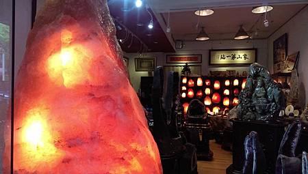 鹽燈王1千多公斤在象山第一站