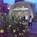 IMAG3975 象山第一站在台北捷運信義線世貿/101站2號出口莊敬路215號