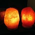 雙胞胎鹽燈 皆是5公斤,色澤不同,都很漂亮!