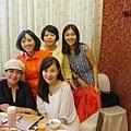 龍千玉 李靜美與陳淑芬家人 在嘉義大北京