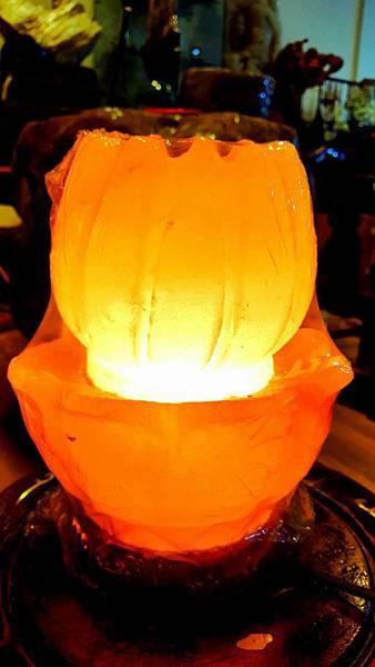 蓮花鹽燈.jpg