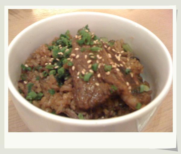 【隱竹】牛肉蒸飯