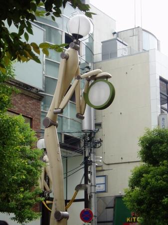 美國村的特別路燈