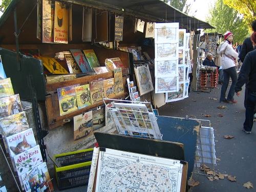 塞納河畔賣畫和名信片