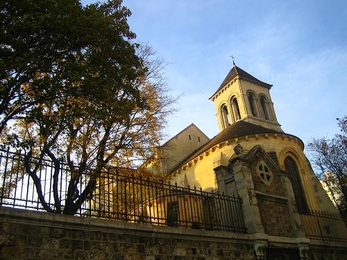 聖心堂對面